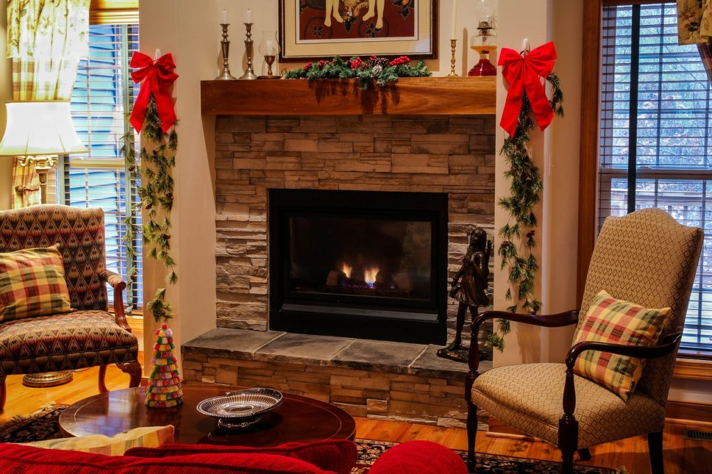 garland on the fireplace