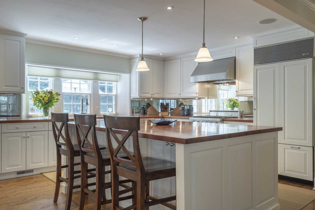 sell your home in spring with a modern kitchen