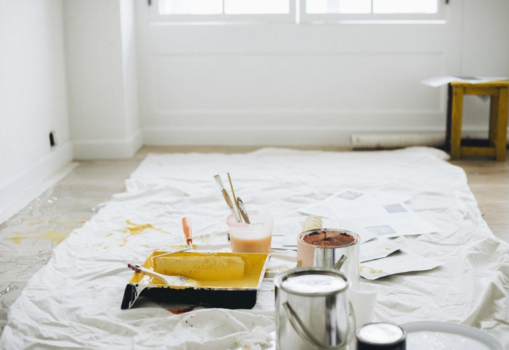 painting to sell  your home in spring